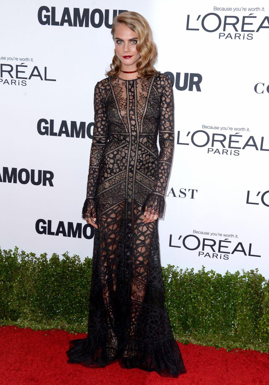 Pour l'occasion, l'actrice portait un robe transparent signée Elie Saab.