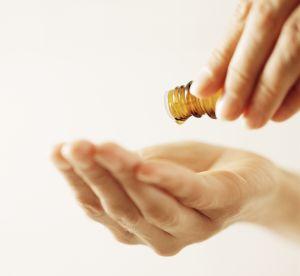 Huiles essentielles : 3 recettes minceur et anti-cellulite