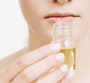3 recettes anti-âge naturelles à base d'huiles essentielles