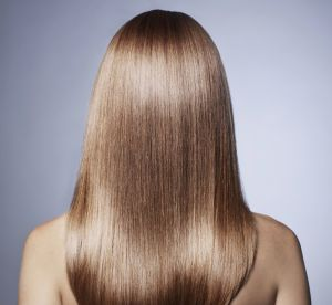 Le secret simple et pas cher pour des cheveux ultra brillants