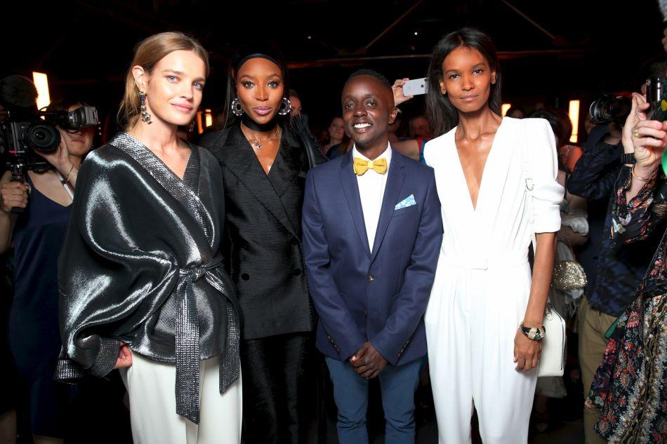 Natalia Vodianova, Naomi Campbell, l'artiste Evans Mbuga et Liya Kebede.
