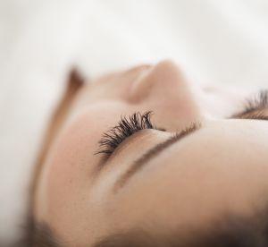 Les extensions de cils sont-elles devenues plus populaires que le mascara ?