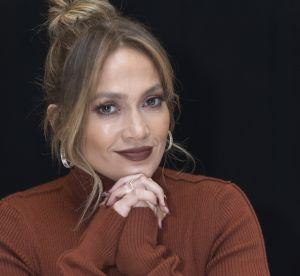 Jennifer Lopez va-t-elle nous convaincre de porter le rouge à lèvres marron ?