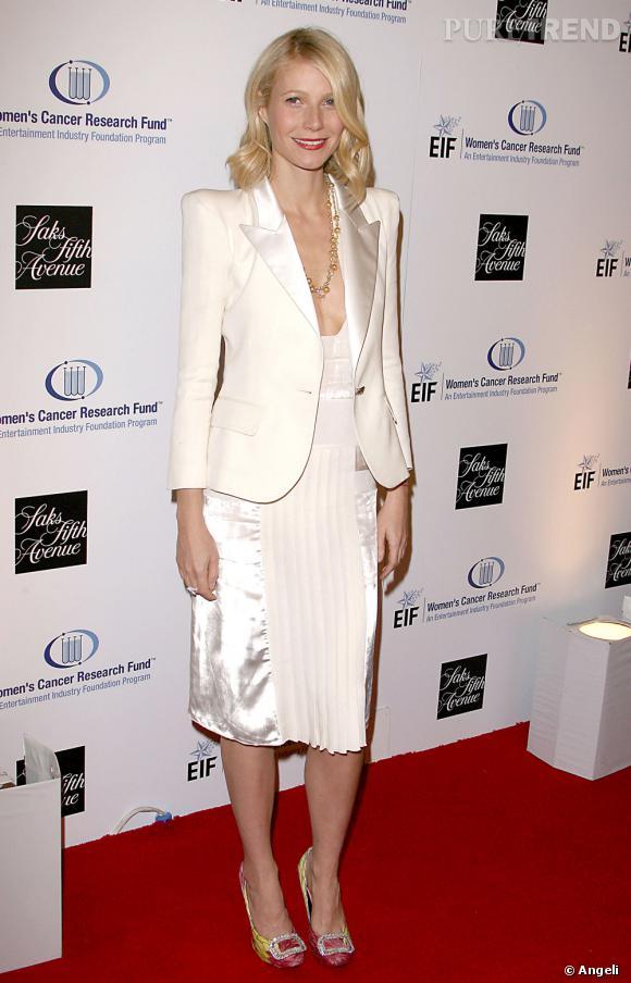 good texture check out new high quality Gwyneth Paltrow succombe elle aussi à la veste à épaulettes ...