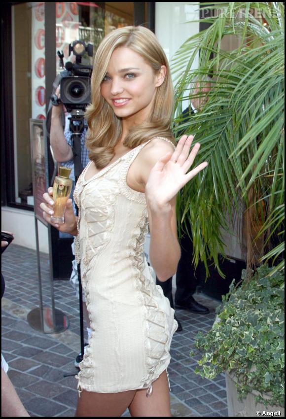 Miranda Kerr égérie du nouveau parfum Victoria's secret