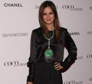 Rachel Bilson : lumineuse en satin Chanel
