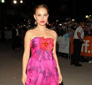 Natalie Portman, du casual au très glamour : 2 looks extrêmes en une journée