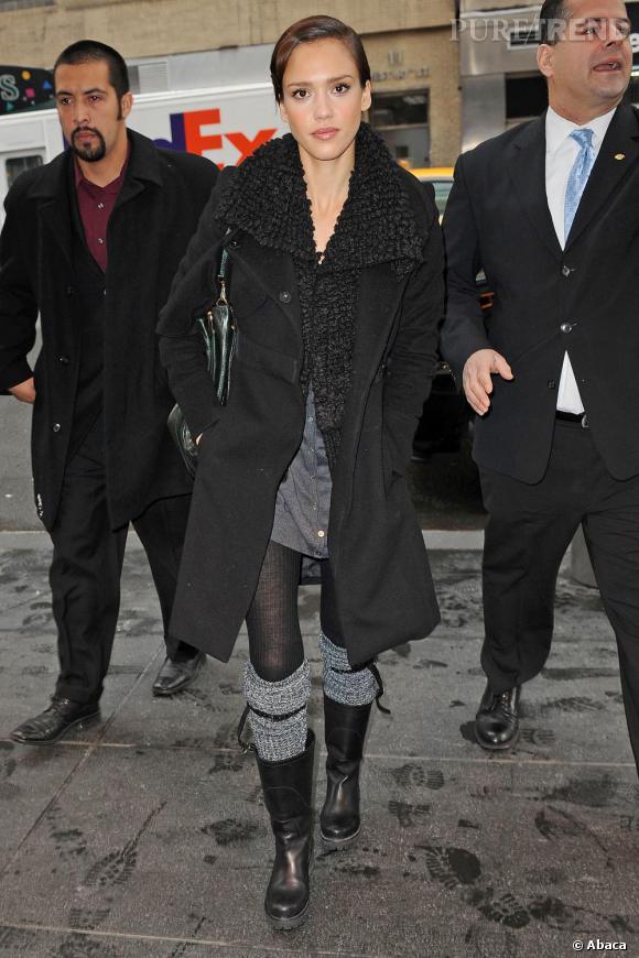 Jessica Alba se rend à un Talk Show à New York