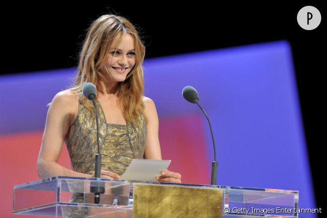 vanessa paradis aux c sar paris. Black Bedroom Furniture Sets. Home Design Ideas