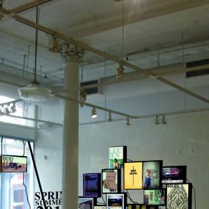 Intérieur de la boutique en pleine installation