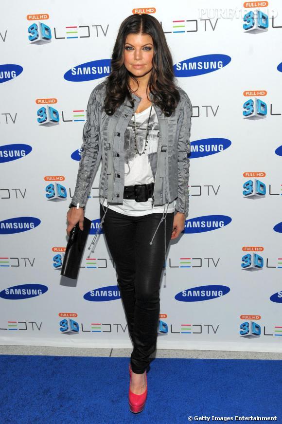 Fergie lors du lancement d'une nouvelle télévision