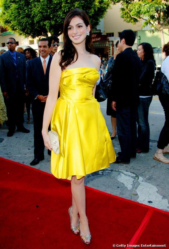 Même en jaune canari, Anne est délicieuse