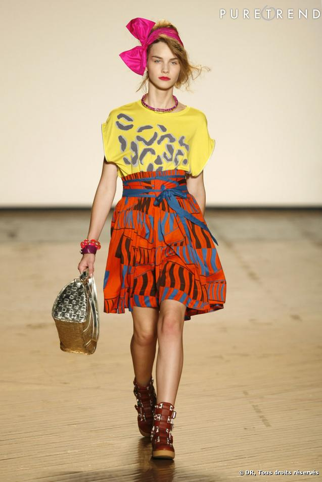 Dakar de la couleur et des imprim s abstraits les tissus africains ont large - Les couleurs des tissus ...