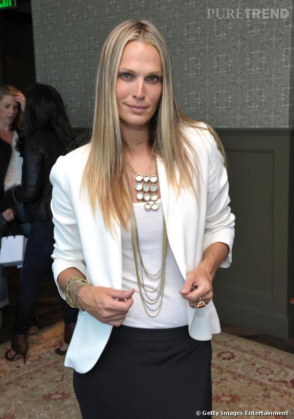 Molly Sims porte ses propres créations Grayce by Molly Sims