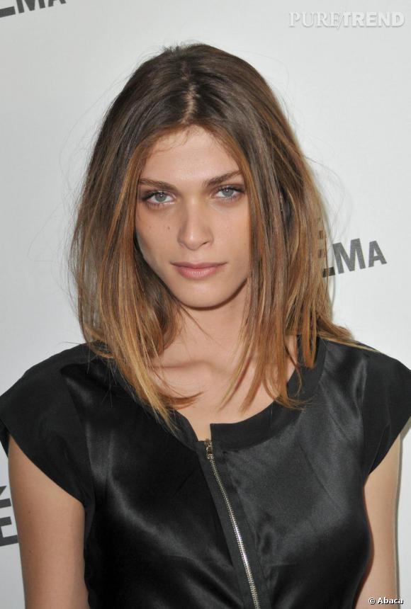 La délicieuse Elisa Sednaoui et son style toujours aussi impeccable.