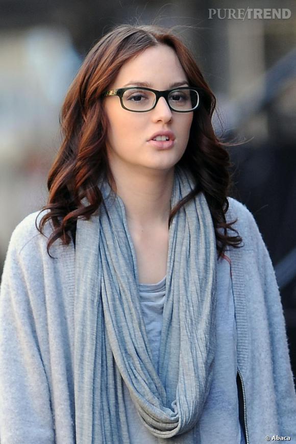 Numéro 5 : les lunettes de vue offrent à l'actrice une allure de ravissante intello.