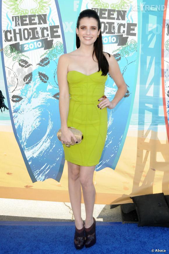 Emma Roberts aux Teen Choice Awards 2010. Un joli flop stylistique.