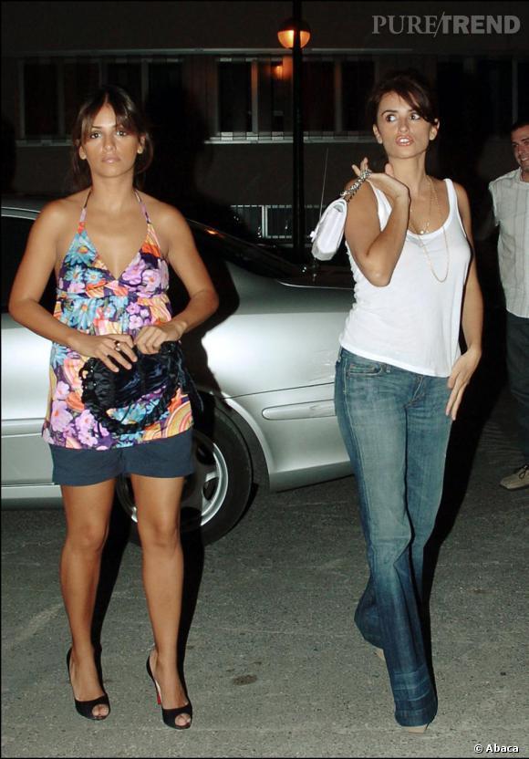 En 2006 le fossé se creuse entre les deux soeurs, Penelope mue vers un look à la fois plus élégant et plus classique alors que Monica continue de surfer sur la tendance caliente.