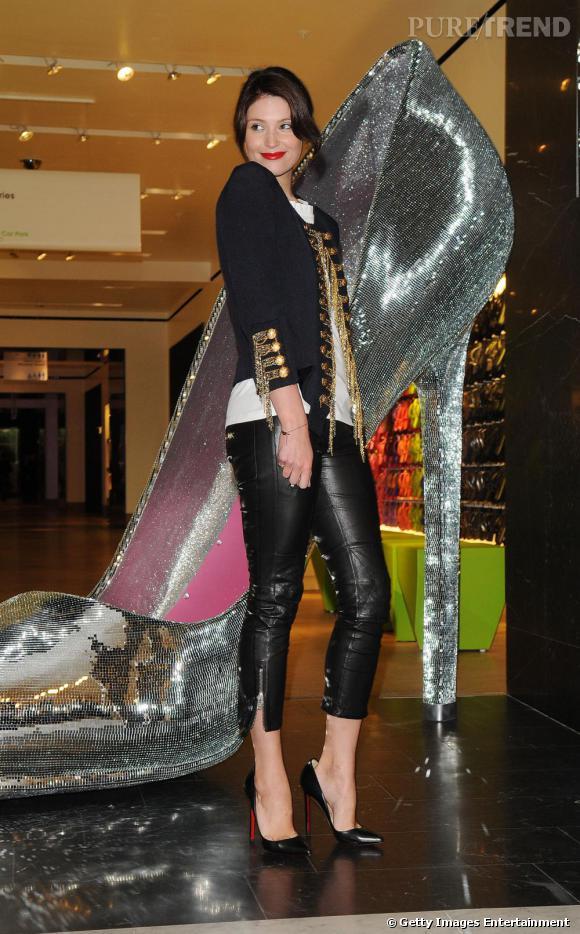 Gemma Arterton au lancement d'un corner chaussures dans une boutique Selfridges à Londres.