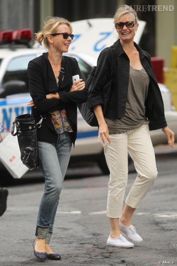Naomi Watts en pleine séance shopping.