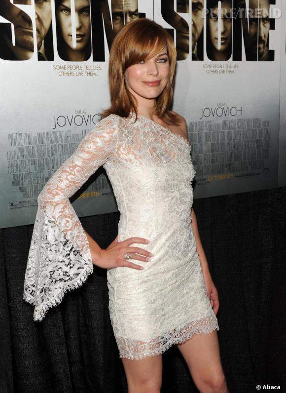 Milla Jovovich à la première de Stone à New-York.