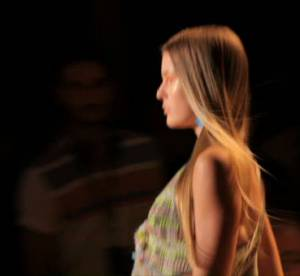 Vidéo : défilé Vanessa Bruno Printemps-été 2011