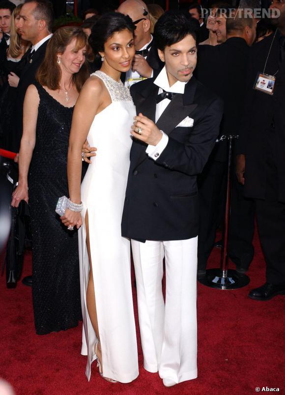 Chic et rétro lors des Oscars de 2005.