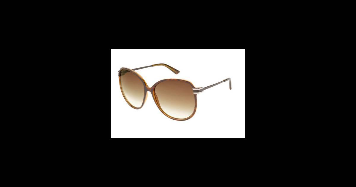 lunettes gucci en vente chez l 39 opticien le plus proche de chez vous mon opticien puretrend. Black Bedroom Furniture Sets. Home Design Ideas