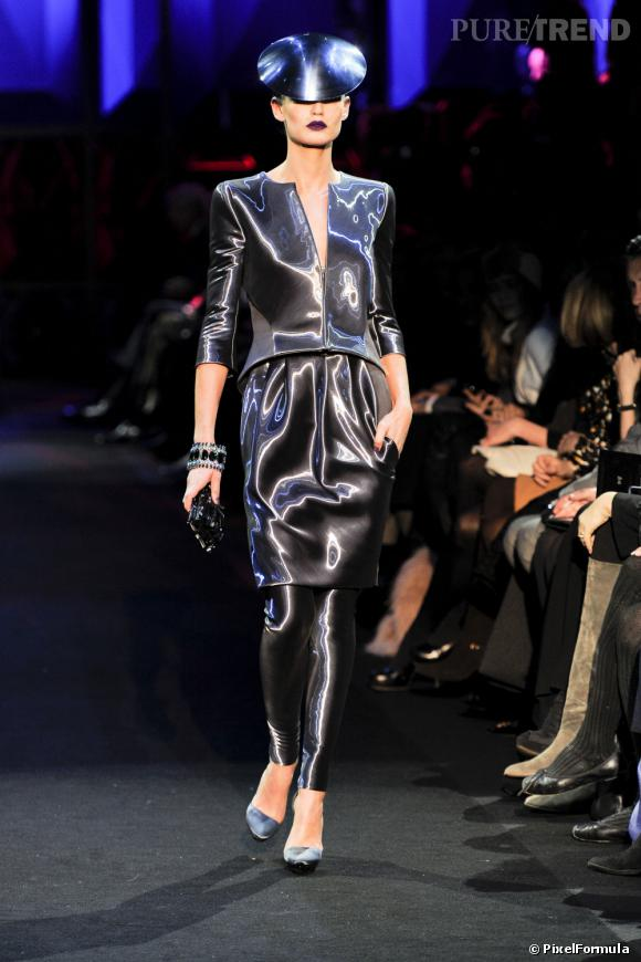 Défilé Giorgio Armani PrivéParis Printemps-Eté 2011