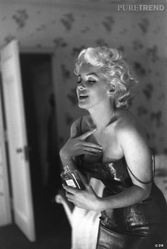 Chanel N°5, la rétrospéctive. Marylin Monroe incarne le N° 5 en 1955...
