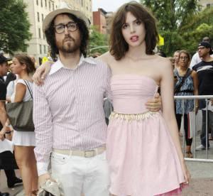 1 couple, 1 style : Sean Lennon et Charlotte Kemp Muhl