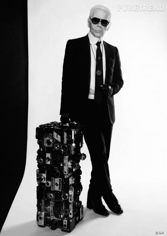 Karl Lagerfeld prêt à relooker la bouteille Coca-Cola Light.
