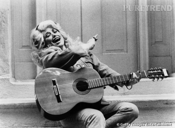 Dolly Parton, la country girl par excellence.