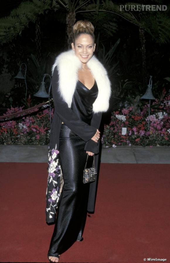 Jennifer Lopez à ses débuts en 1999. Le potentiel de diva est là...mais caché sous sa fourrure.