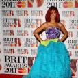 """Rihanna, """"Artiste internationale féminine de l'année"""", prend la pose en Christian Dior Haute Couture automne-hiver 2010."""
