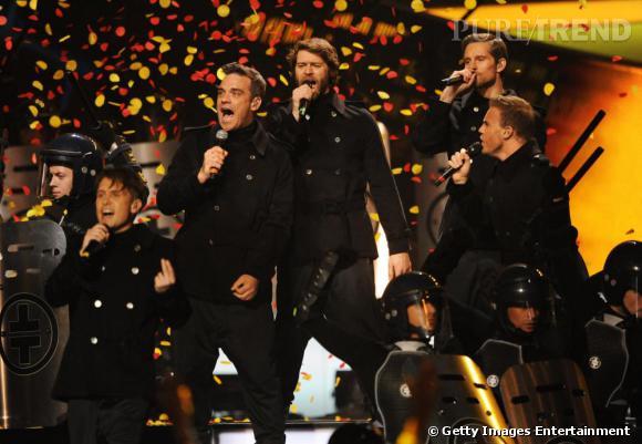"""Reformé en 2010, le groupe Take That s'est vu remettre hier soir le Brit Award du """"Groupe britannique de l'année""""."""