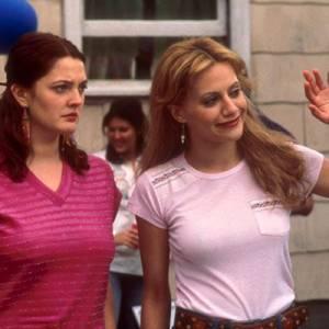 """Drew Barrymore prend quelques kilos et n'est pas du tout avantagée dans """"Écarts de conduite""""."""