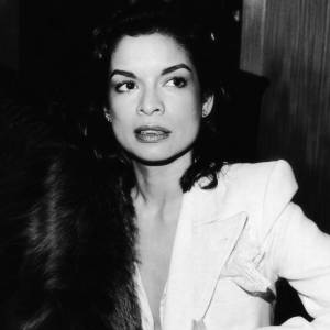 Une icône : Bianca Jagger et sa collection de smoking seventies.