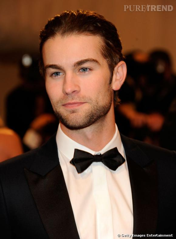 Chace Crawford, costard cravate.