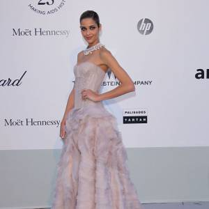 Le top brésilien  Ana Beatriz Barros, princesse couture.