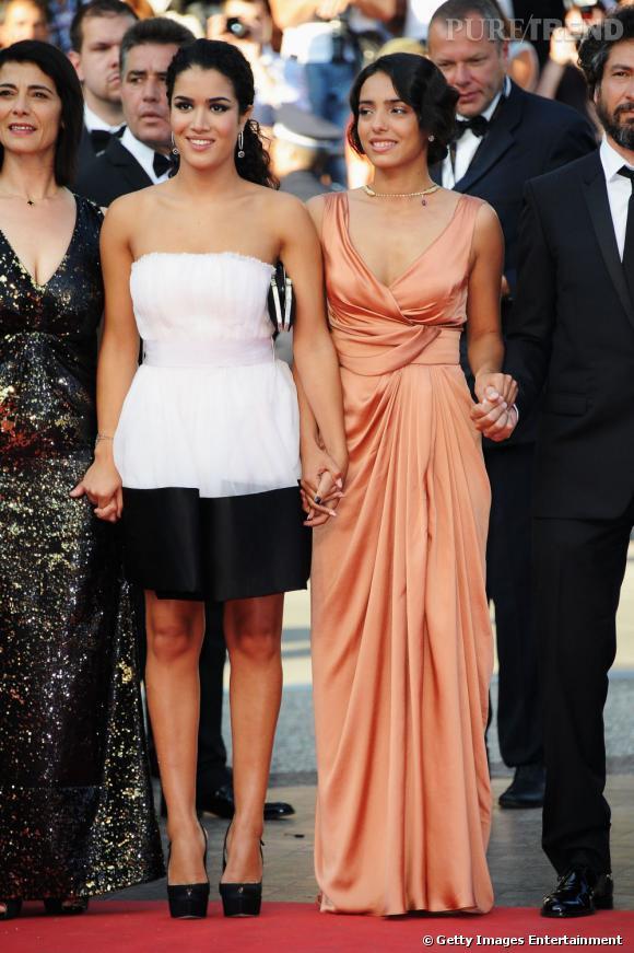 Hafsia Herzi portait une robe drapée signée Elie Saab pour sa montée des marches.