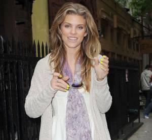 AnnaLynne McCord rend la dentelle blanche urbaine... À shopper !