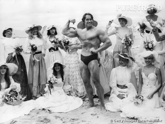 Toujours la même année, Arnold s'expose en slip devant toutes ces dames. Quel tombeur...