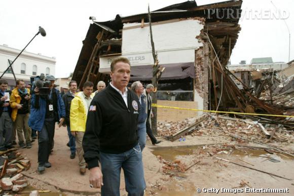 Arnold Schwarzenegger prend son rôle de gouverneur très à coeur. Ici, en visite officielle en Californie.