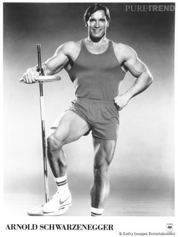 Arnold Schwarzenegger en 1970 : une masse de muscles et seulement du muscle... Le cliché de l'homme bodybuildé par excellence.