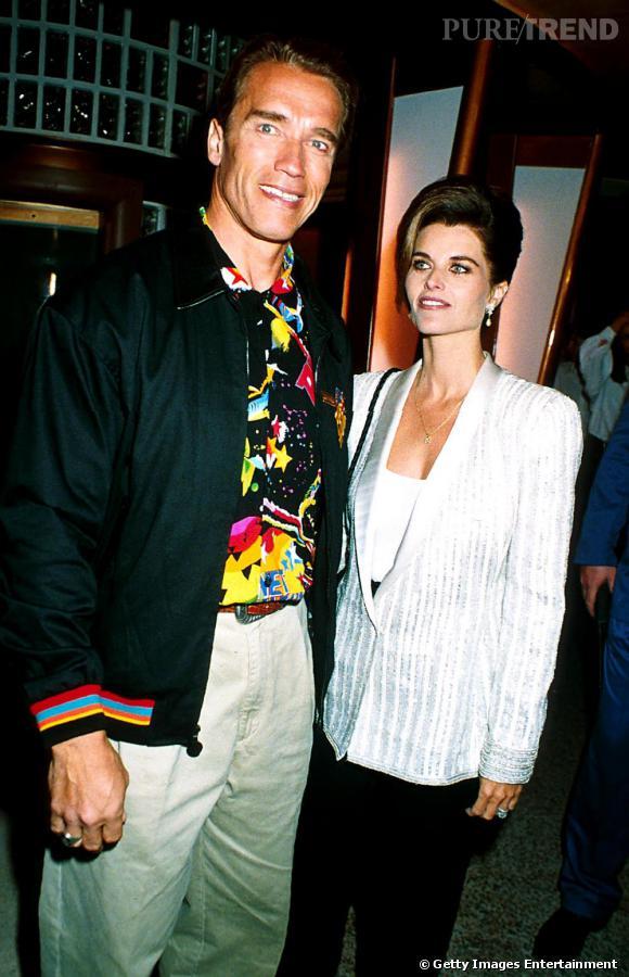 Arnold Schwarzenegger et Maria Shriver en 1991. Le culturiste semble fortement apprécier les chemise ultra colorées. Tendance color block, Schwarzy ?