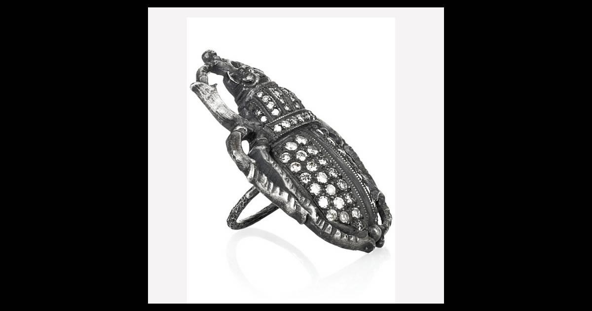 bague cafard irit design bague en argent oxyd et diamants prix en vente sur www. Black Bedroom Furniture Sets. Home Design Ideas
