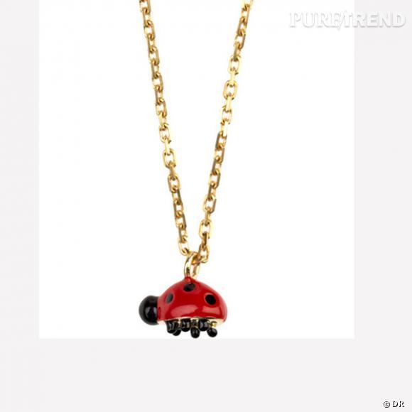 """Pendentif """"coccinelle"""", Solange Azagury Partridge       Pendentif en or jaune et émail rouge et noir.       Prix : 2.736,41 €     En vente sur  www.net-a-porter.com"""