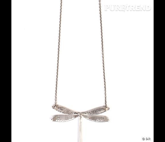 """Collier """"Dargon fly"""", Ileana Makri       Collier en or noir et diamants blancs, chaîne en acier oxydé.       Prix : 2.185 €     En vente sur  www.colette.fr"""