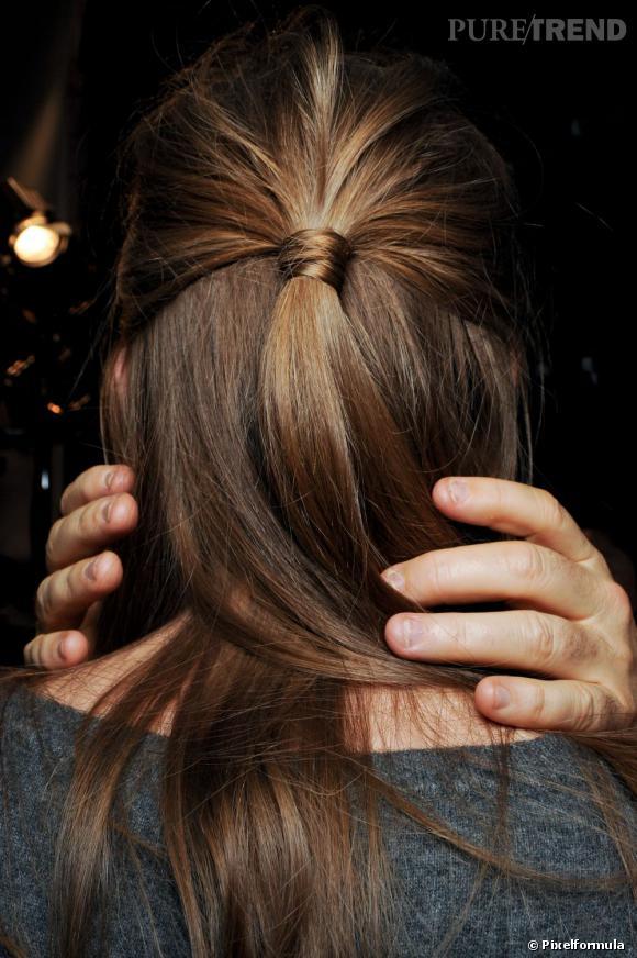 25 coiffures pour les soir es d 39 t une demi queue version kate middleton pour une allure chic. Black Bedroom Furniture Sets. Home Design Ideas